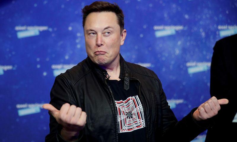 """Elonas Muskas, """"Tesla"""" ir """"Space X"""" įkūrėjas. Hannibalo Hanschke  (""""Reuters"""" / """"Scanpix"""") nuotr."""