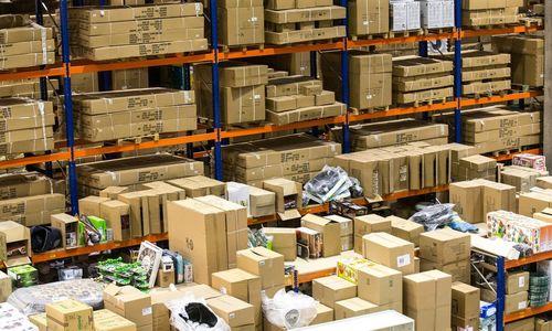 E. prekyboje Kalėdos nesibaigia, bet plėtros greitį riboja patalpų pasiūla
