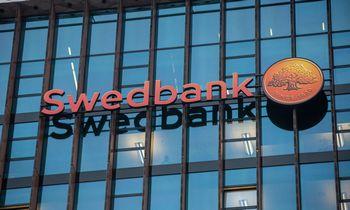 """""""Swedbank"""" išduotų būsto paskolų suma pernai mažėjo 18%"""