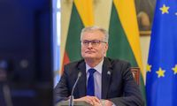 Lietuvos ir dar kelių ES šalių vadovai ragina didinti vakcinų gamybą Europoje