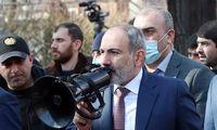 Armėnijos kariuomenė pareikalavo premjero N. Pašiano atsistatydinimo
