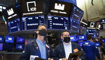 """Akcijų rinkas gąsdina kylantys pajamingumai, koks šansas sulaukti """"Igničio"""" siurprizo"""