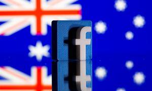 """""""Facebook"""" susitarė su trimis Australijos leidėjais dėl mokėjimo už jų turinį"""