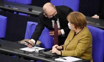 """Vokietijos valdantieji nesutaria dėl """"skolos stabdžio"""""""