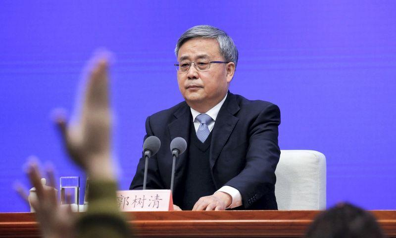 """Guo Shuqing, Kinijos bankų ir draudimo priežiūros komisijos pirmininkas.Tingshu Wang (""""Reuters""""/""""Scanpix"""") nuotr."""