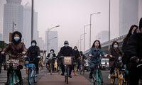 Kinija mažina BVP augimo tikslą, ketina kurti daugiau darbo vietų