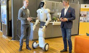 Robotas humanoidas jau krauna prekes į lentynas, prekybininkus riboja tik biudžetai