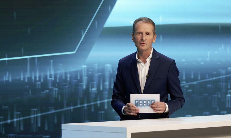"Herbertas Diessas, ""Volkswagen Group"" vadovas, ""Power Day"" konferencijoje pristatė ambicingus koncerno planus. ""Volkswagen Group"" nuotr."