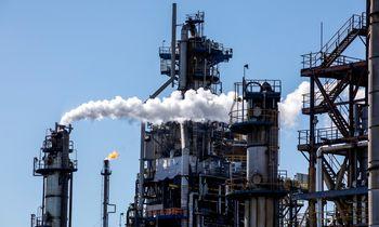 Naftos kainą spaudžiakoronaviruso plitimas Europoje