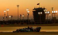 """Naujo """"Formulės 1"""" sezono deja vu: kas gali įveikti Hamiltoną ir """"Mercedes""""?"""