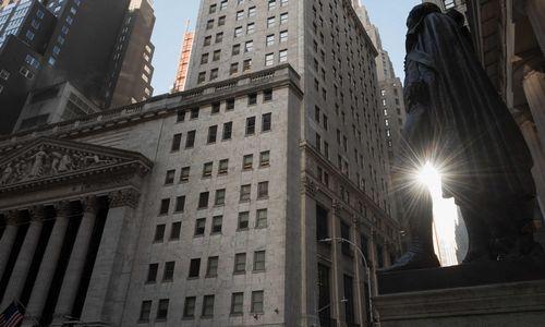 JAV rinka pasiuntė lūkesčius pranokusį atsigavimo ženklą