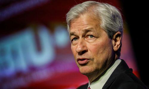 Didžiausio JAV banko vadovas pranašauja ekonominio bumolaikotarpį