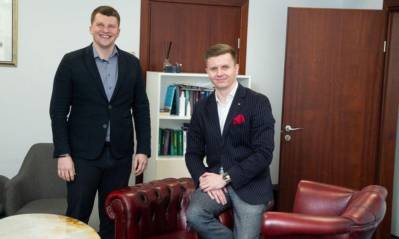 """Aleksandras Karpickis (kairėje) ir Povilas Ruzgaila, """"Guru Pay"""" bendraturtčiai. Vladimiro Ivanovo (VŽ) nuotr."""