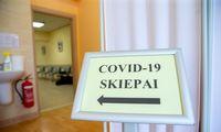 Skiepytis nuo COVID-19 vienu automobiliu galės vykti neribotas skaičius keleivių