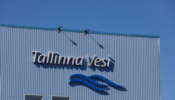 """""""Utilitas"""" ir Talino savivaldybė siūlo išpirkti """"Tallinna Vesi"""" akcijas"""