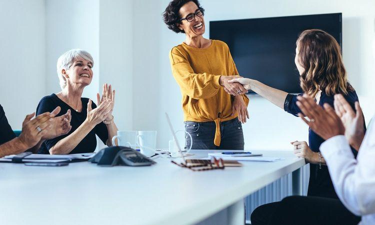 Kaip darbuotojų stiprybės gali padėti suformuoti efektyvią komandą?