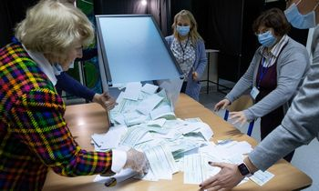 Laukiant verdikto dėl tiesioginių merų rinkimų konstitucingumo: už ir prieš