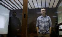 A. Navalno sveikata kritinė, bet gydytojams draudžiama jį apžiūrėti