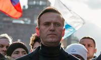 """Prancūzija yra """"itin susirūpinusi"""" A. Navalno sveikata"""