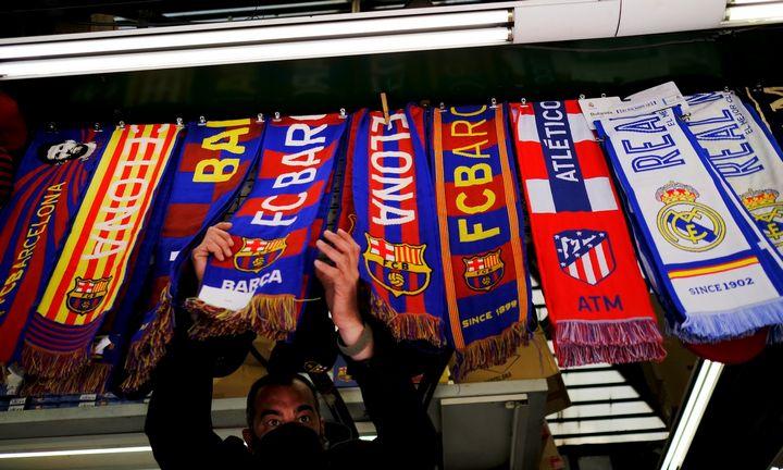 Į Super lygą susiruošusius klubus puola ir futbolo bendruomenė, ir Europos Komisija