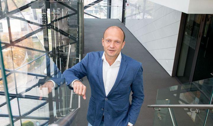 """""""Swedbank"""" iki 3% padidino Lietuvos augimo prognozę, laukia globalinio spurto"""