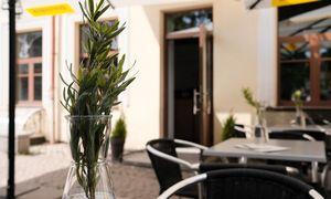 Restoranuose patiekalų reikės laukti ilgiau: padavėjai tampa deficitu