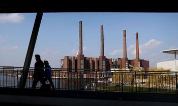 Europos ekonomiką į atsigavimą veda pramonės bumas