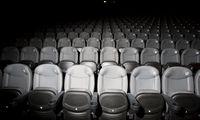 Atnaujinti veiklą skuba ne visi kino teatrai