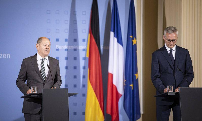 "Vokietijos ir Prancūzijos finansų ministrai O. Scholzas ir B. Le Maire'as. ""Imago images"" / ""Photothek"" / ""Scanpix"" nuotr."