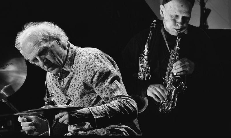 """Vladimiras Tarasovas (mušamieji) ir Vladimiras Čekasinas (saksofonai). """"Vilnius Mama Jazz"""" nuotr."""