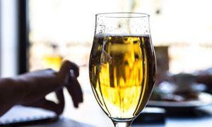 Atsidariusios lauko kavinės pritrūko pilstomo alaus