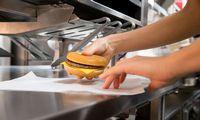 """""""McDonald's"""" restoranų Baltijos šalyse operatorės apyvarta pernai augo 2%"""