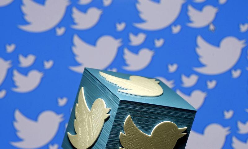 """""""Twitter"""" įplaukos pirmąjį ketvirtį per metus augo 28%. (Dado Ruvic-Reuters-Scanpix nuotr.)."""