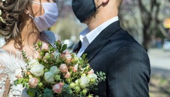 Vestuvės per pandemiją: ar įmanoma susikurti išskirtinę šventę?