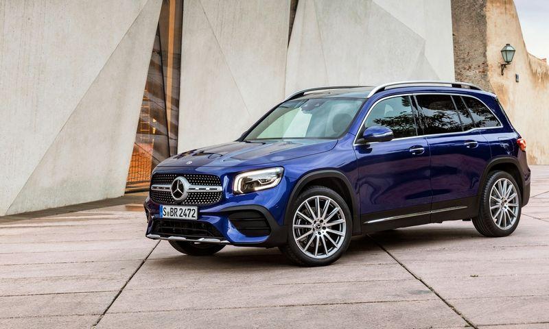 """Praktiškasis GLB Europoje yra perpus mažiau populiaresnis už savo """"mažesnįjį brolį"""" GLA. """"Daimler AG"""" nuotr."""