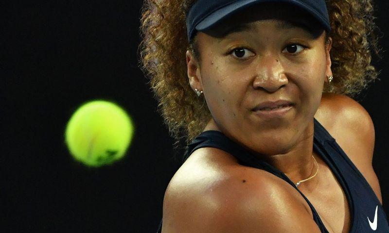 """Naujoji teniso žvaigždė Naomi Osaka. Paulo Crocko (AFP / """"Scanpix"""") nuotr."""
