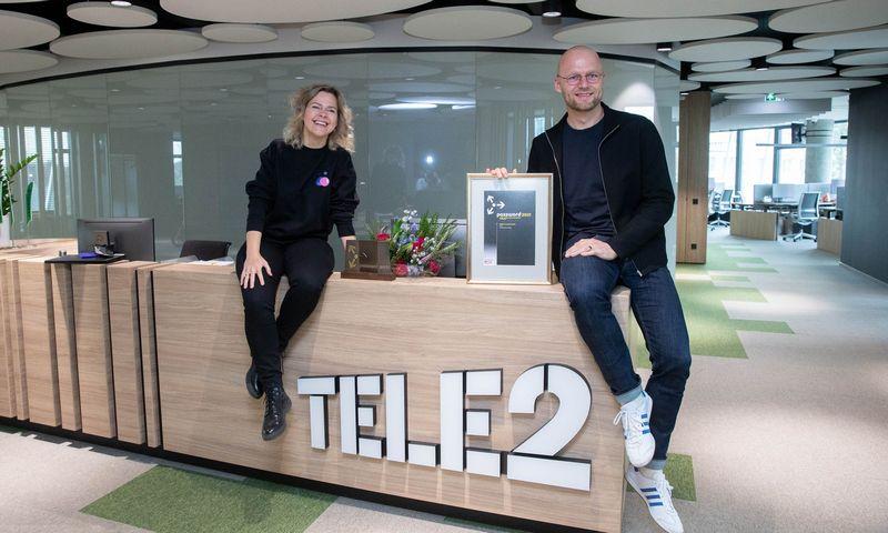 """Dominyka Jonušienė, """"Tele2"""" valdomo prekės ženklo """"Pildyk"""" vadovė, ir Mindaugas Savickas, """"Tele2"""" rinkodaros vadovas. Juditos Grigelytės (VŽ) nuotr."""