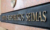 Seimo nariai: valstybės įmonių darbuotojų skatinimą akcijomis reikės peržiūrėti