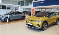 Balandis gausiai išauginoprekybą visuose naujų automobilių sektoriuose
