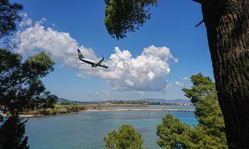 """""""Novaturas"""" atnaujina skrydžius į Graikiją"""