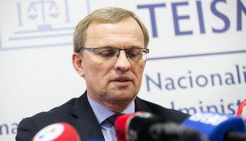 Prezidentas siūlo A. Valantiną skirti Lietuvos Aukščiausiojo Teismo teisėju