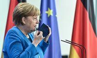 Vokietijos kanclerė paragino JAV eksportuoti vakcinas nuo COVID-19