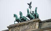 Pilnai paskiepytiems Vokietijos gyventojams nuo sekmadienio – gerokai mažiau apribojimų