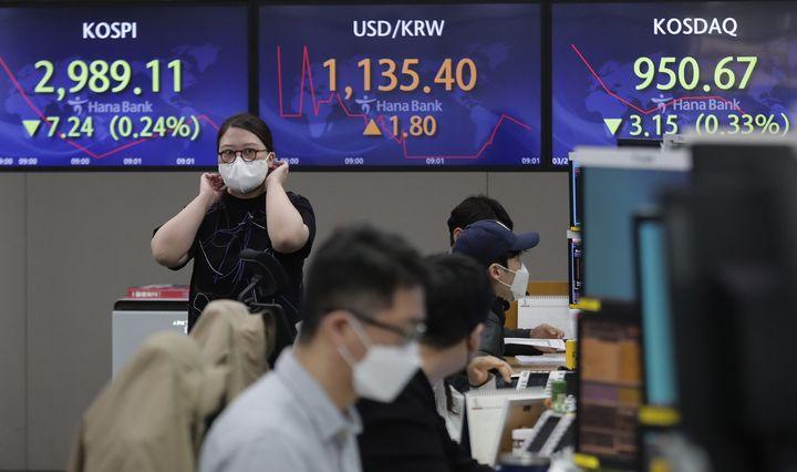 Augimo akcijų išsipardavimas JAV užkrėtė ir Europą