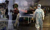 Ekspertai: katastrofiško COVID-19 masto pasaulis galėjo išvengti