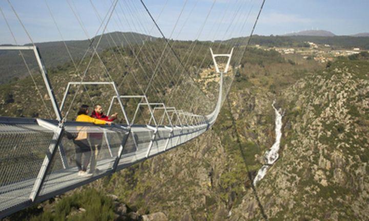 """Portugalijoje atidarytas ilgiausias pasaulyje """"beždžionių tiltas"""""""