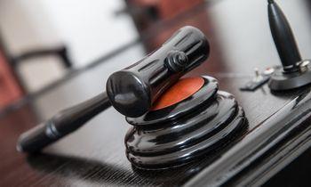 Užsigulėjusios prekės gali įžiebti mokestinį ginčą
