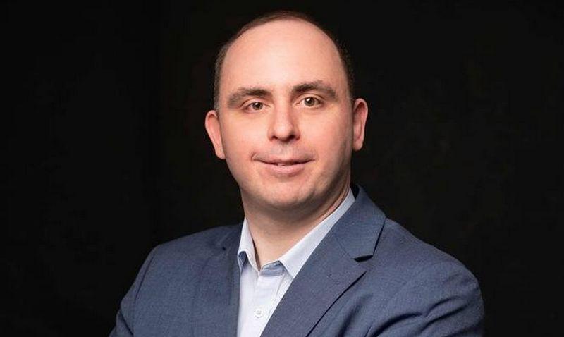 """Aleksandras Izgorodinas, komunikacijos agentūros """"Brandnomika"""" partneris. Bendrovės nuotr."""