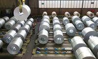 ES ir JAV skelbia paliaubas ginče dėl plieno ir aliuminio muitų