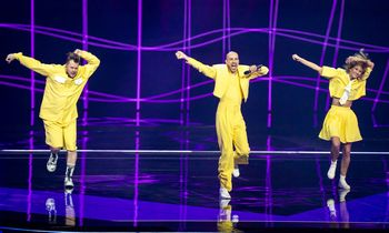 """""""Eurovizija"""" prieš antrąjį pusfinalį neišvengė koronaviruso"""